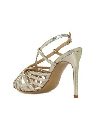 NetWork 1074947 Silver Çapraz Bantlı Topuklu Kadın Ayakkabı Altın
